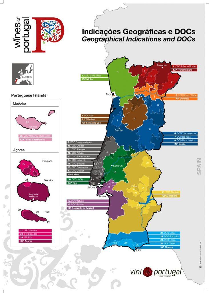 La variedad de vinos que se producen en Portugal es tan rica como reconocida. A las tresprincipales zonas vinícolas en el portugal continental hay que añadir los exclusivos vinos de las islas de Madeira y las Azores.