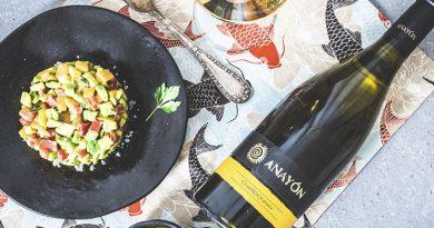 La bodega Grandes Vinos eleva su Anayón Chardonnay con el título de Mejor Blanco con Crianza en los Premios 36 Guía Vinos Gourmet