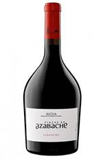 Fincas de Azabache Crianza Garnacha. Rojo intenso con aromas a frutos rojos y negros, torrefactos y vainillas. Final largo y goloso.