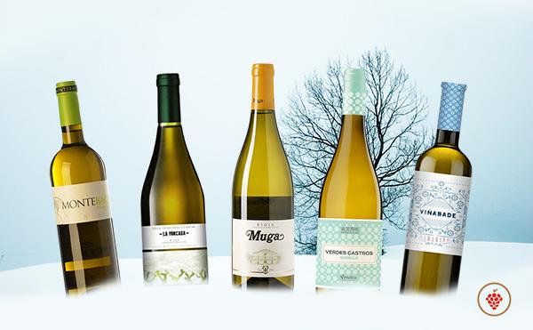 Los mejores vinos blancos le darán la vuelta a esta extraña Navidad, porque si algo tienen en común es una relación calidad precio muy buena y asequible a la mayoría de los bolsillos pues tienen un precio inferior a los 10€.