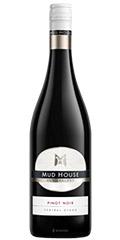 MUD House es un Pinot Noir de New Zeland de Central Otago. Un vino Rojo Rubí con aromas a bayas maduras y roble.